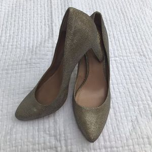 Vince Camuto pre-loved silver pumps